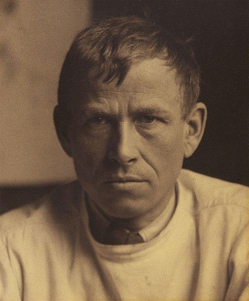 https://de.wikipedia.org/wiki/Datei:Otto_Dix_by_Hugo_Erfurth,_c._1929.jpg