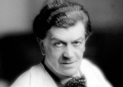https://commons.wikimedia.org/wiki/File:Othon_Friesz,_c.1930.jpg